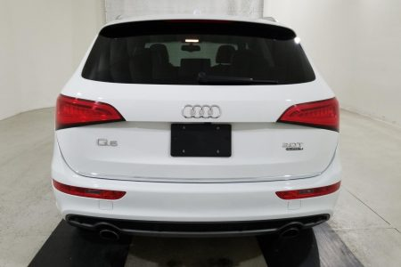Retail View 17 Audi Q5-7